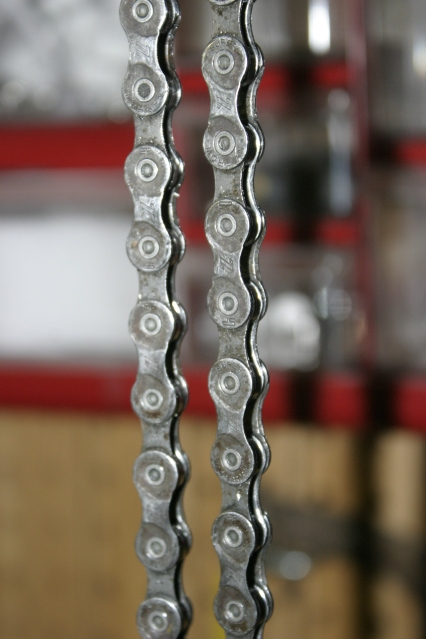 Here's a lube free chain.